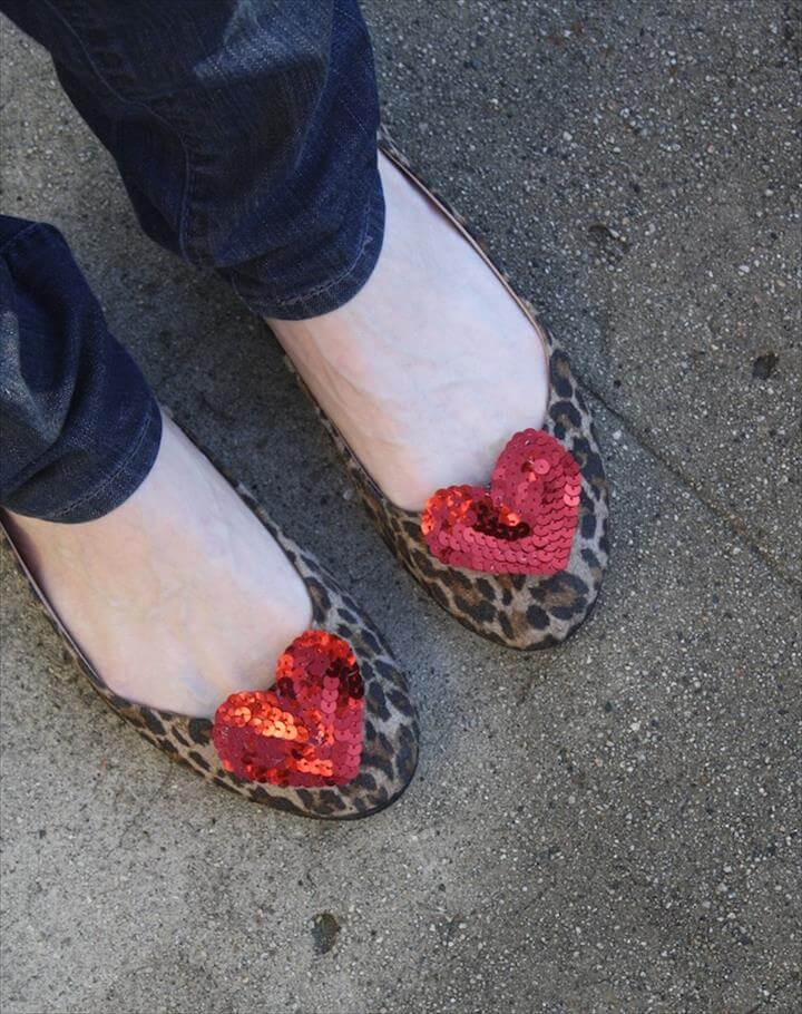 DIY - sequin heart shoe clips