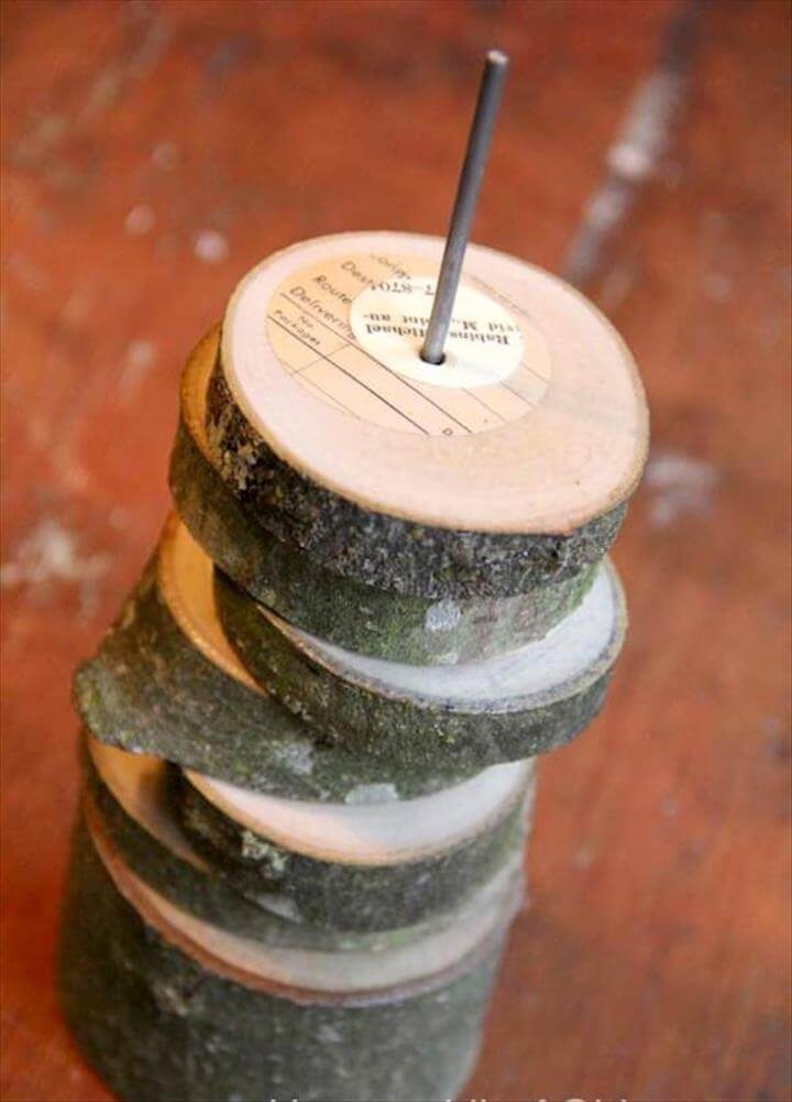 Learn to make (and decoupage) unique tree branch coasters from a downed limb !