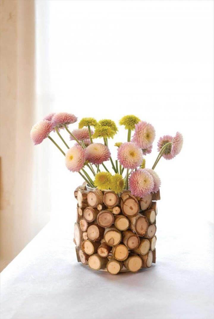 Mini wood vase
