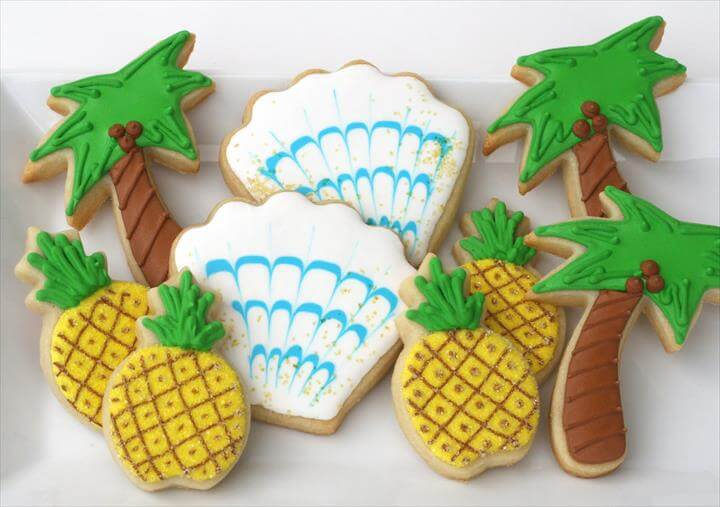 Fun Summer Cookies {Cookie Decorating}