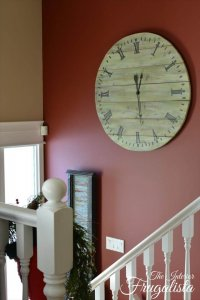 14 DIY Pallet Clock For Decor Your Empty Walls