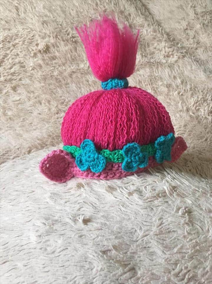 Get ready for winter or even just for Halloween with the cutest ever troll crochet hat. This is the most precious thing I have seen in ages. This is a pattern that is an instant download, so grab your pink yarn!