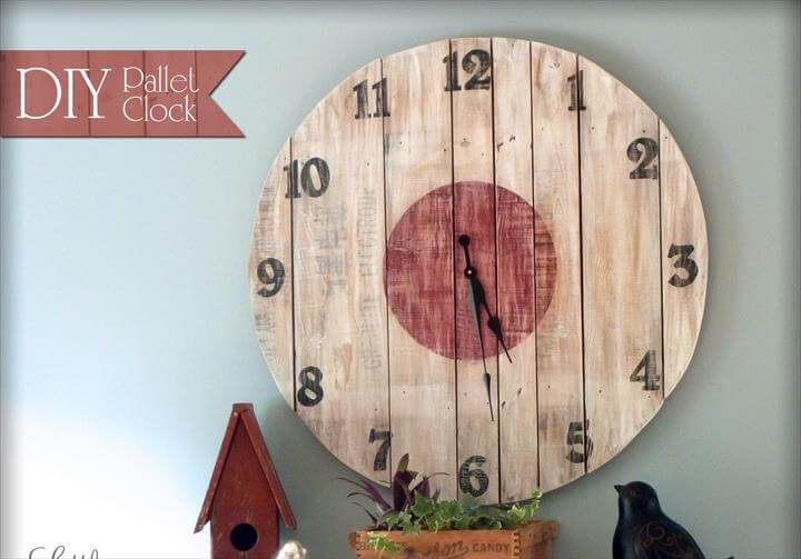 DIY Wood Pallet Clock