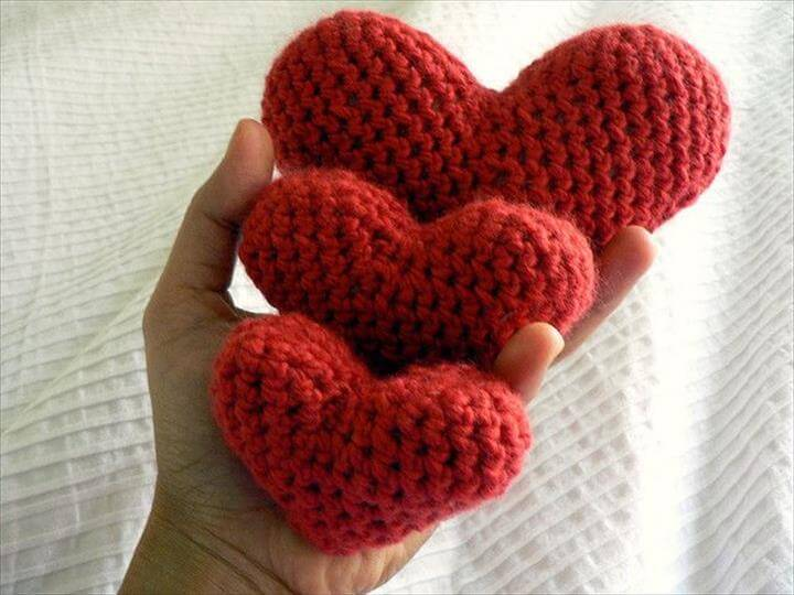 Crochet hearts,handmade craft crochet hearts valentine red malabrigo wool