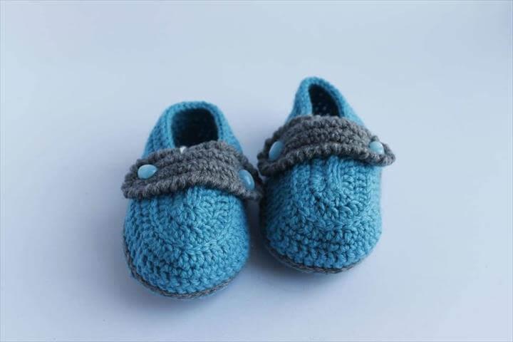 Crochet Baby Booties Cornflowerblue Fileld - Booties