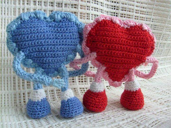 crocheted heart couple,New Heart, Craft Ideas, Valentines, Couple, Crafts, Crochet Hearts, Editor, Christmas Items,, Doilies
