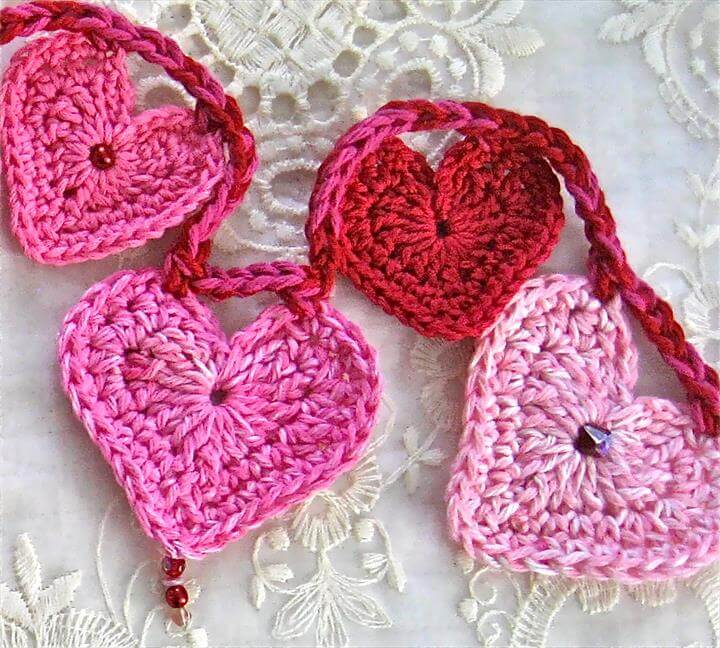 Valentine's Day – Crochet Heart Garland