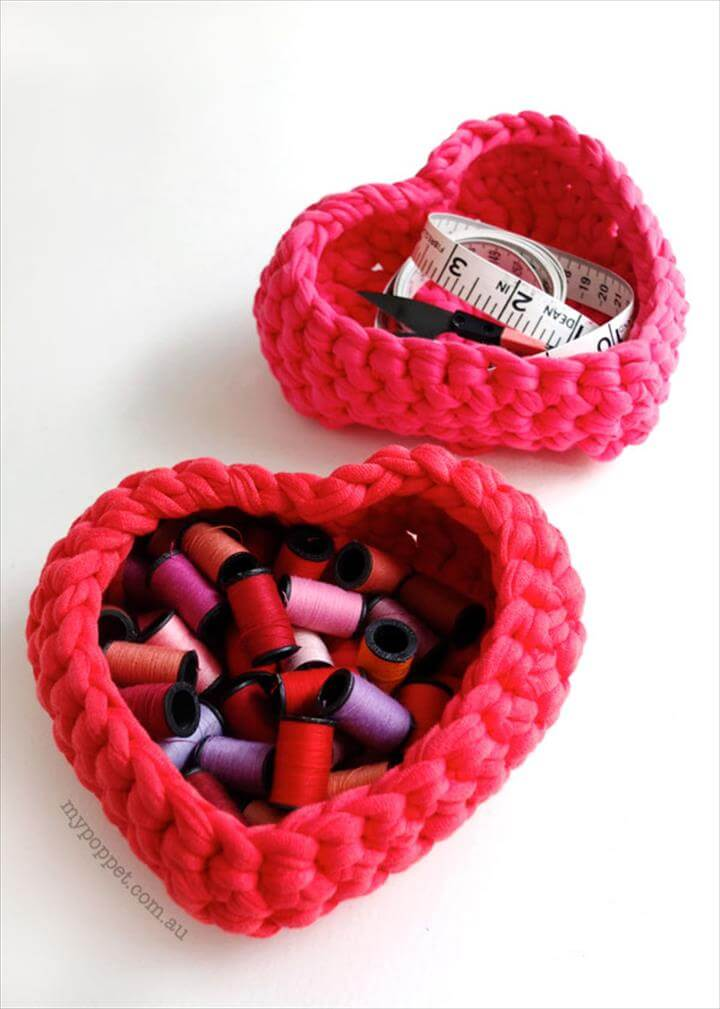 sweet heart crochet baskets