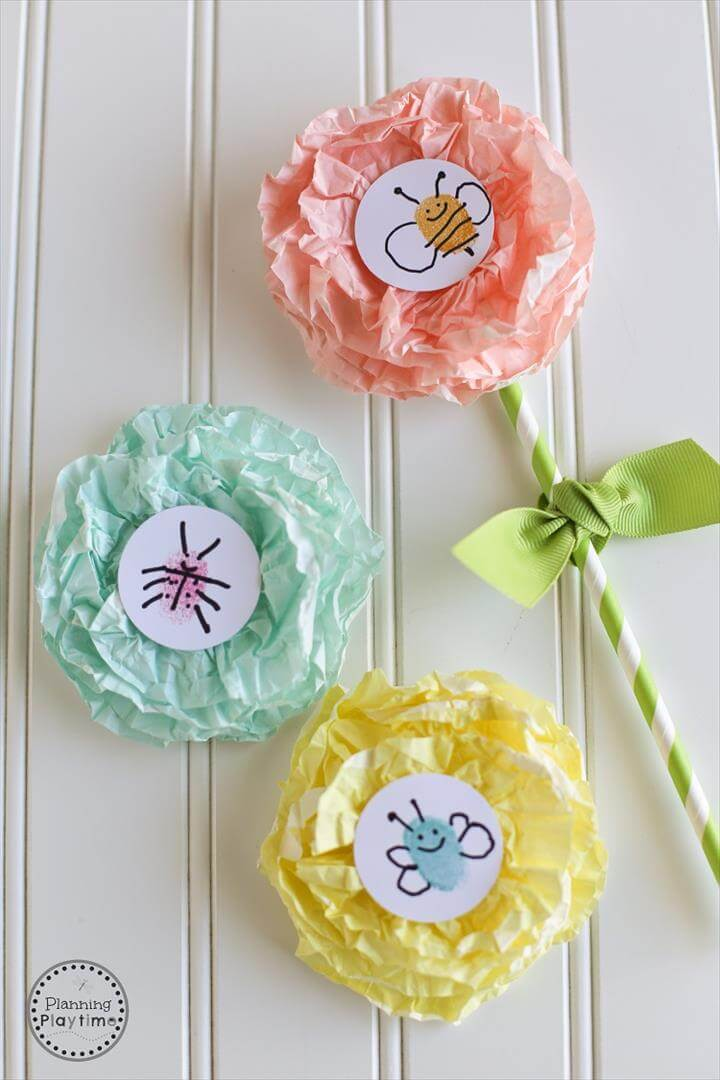 Cupcake Liner Flower Craft for kids - So Cute!
