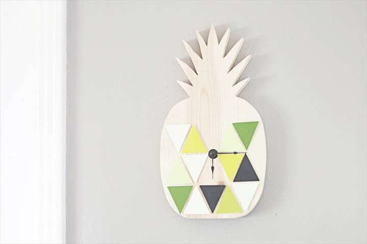 DIY Geometric Pineapple Clock