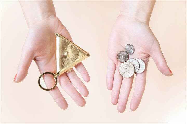 Give Your Key Chain a Major Upgrade with This Chic (and Functional) DIY Pouch
