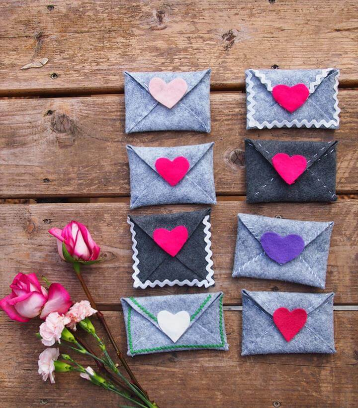 DIY felt heart envelope coin purses