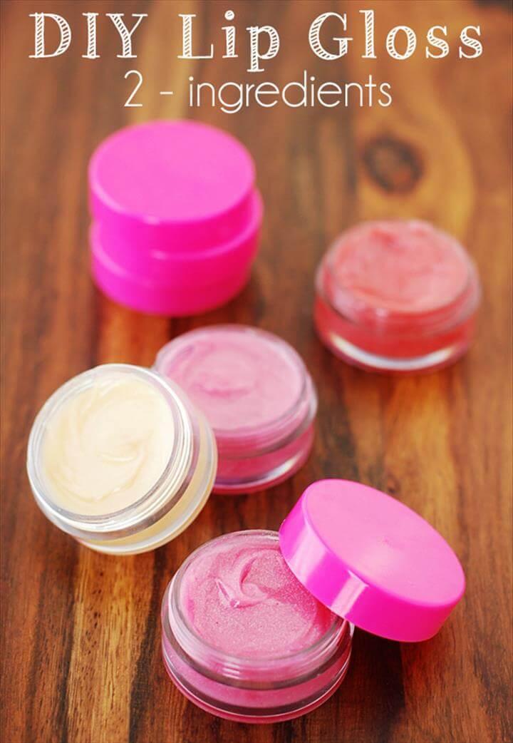 2-ingredient lip gloss, Homemade Peppermint Lip Balm
