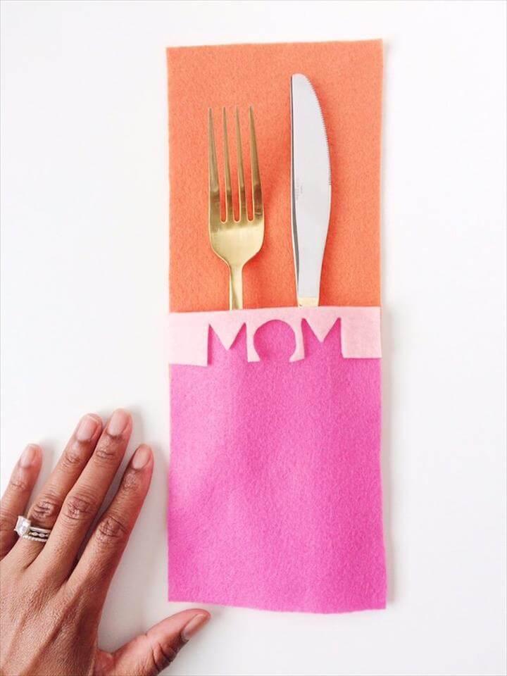 DIY Modern Mother's Day Flatware Mat,