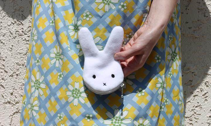 DIY Tutorial Bunny Coin Purse (with Free Pattern)