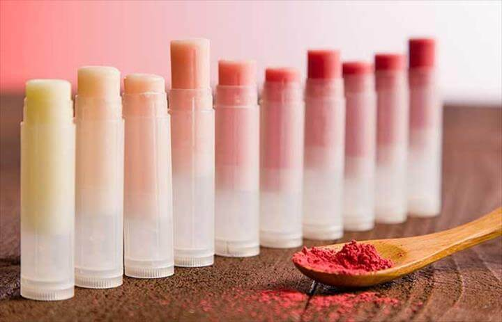 DIY Homemade Lip Balms - DIY Pure Essential Oil Lip Balm Pinit