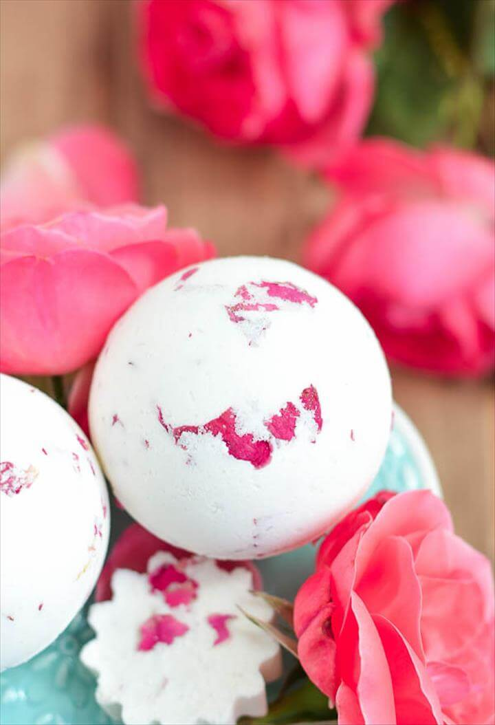Mother's Day Bath Bomb, Rose Milk Bath Bomb
