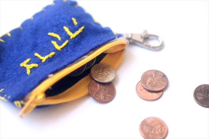 DIY tzedakah pouch - an adorable Jewish kids craft that's perfect for back to