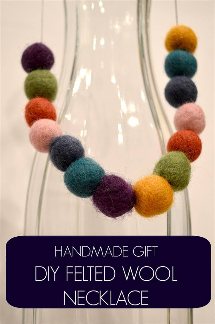 handmade gift diy felted wool necklace