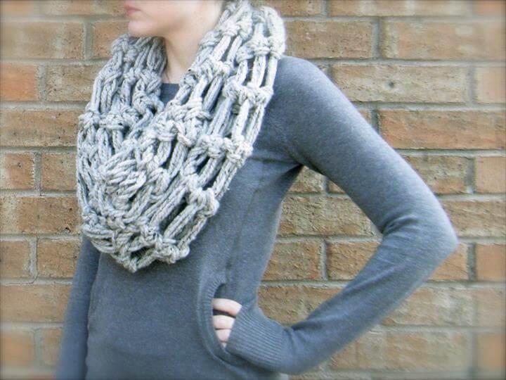 New bulky yarn crochet patterns scarf