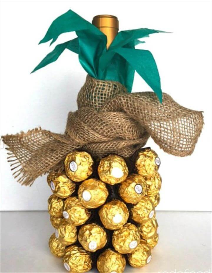 Pineapple Wine Bottle, Creative DIY Mother's Day Gifts Ideas, Thoughtful Homemade Gifts for Mom