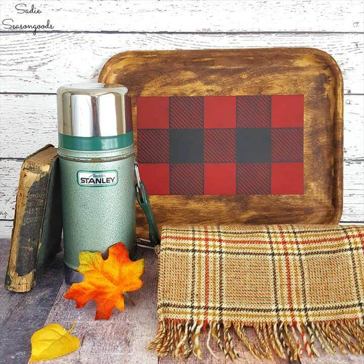 Buffalo Check Tray Décor for Autumn