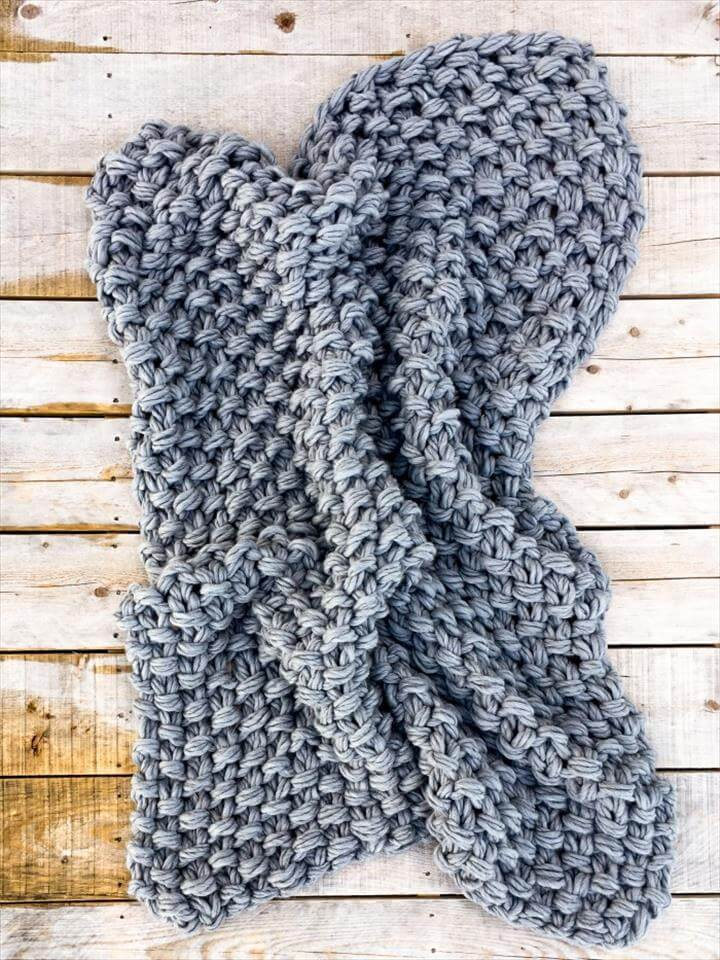 Arm Knit Seed Stitch Blanket Pattern