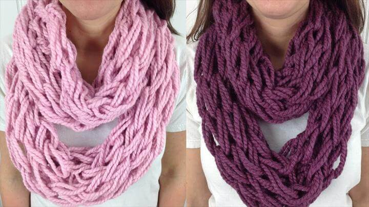 30 Minute Arm Knit Infinity Scarf Cowl with Lion Brand Wool Ease - Right Handed