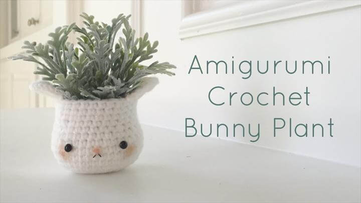 Kawaii Amigurumi Bunny Plant Home Decor - Crochet DIY