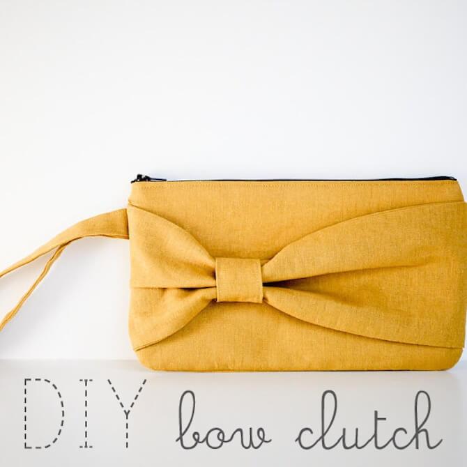 Zipper & Bow Clutch
