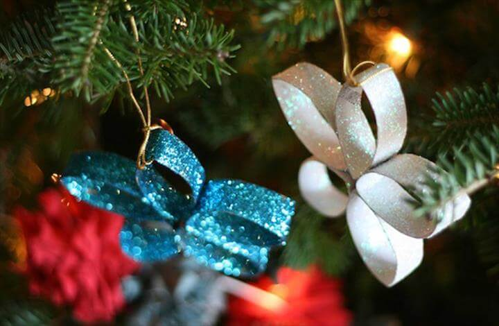 christmas crafts for kids to make.. easy hangings ornament to make.. Related Posts:homemade christmas crafts for kids to makechristmas crafts to makeeasy crafts to make with kidseasy christmas...