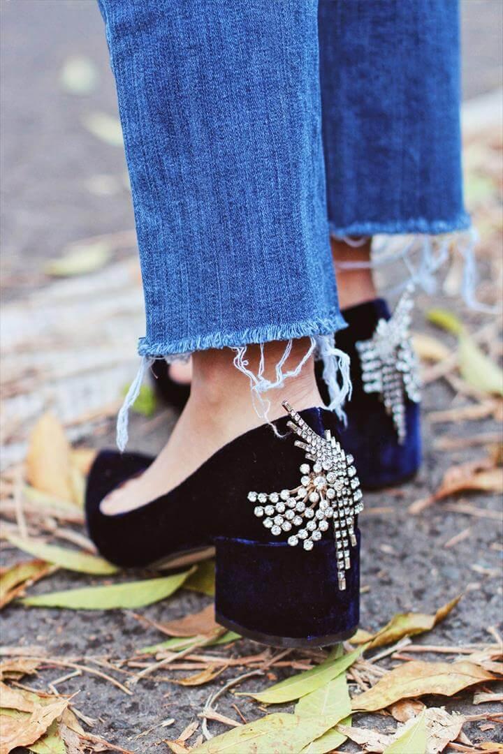 new year, NYE party, diy fashion, fashion ideas, diy heel, pom pom, shoes, party, new year ideas