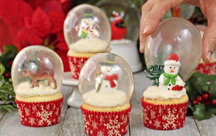 DIY Snow Globe Cupcakes with Gelatin Bubbles