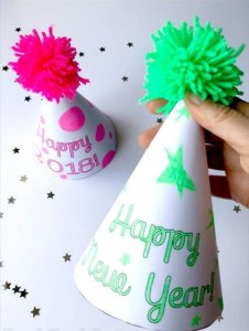50 DIY New Year Party Hats – Quick & Easy Ideas