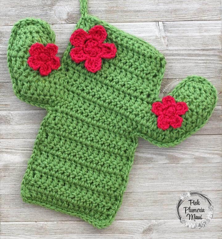 Crocheted Cactus Stocking, Crochet Cactus, Christmas Stockings, Crochet Patterns, Sewing Patterns, Free Crochet, Amigurumi, Crochet Projects, Christmas Crafts, Free Pattern, Crochet Cactus, Crochet Flowers, Cactus Decor, Free Crochet, Crochet Toys, Crochet Home Decor, Crochet Kitchen, Christmas Stockings, Crochet Designs,
