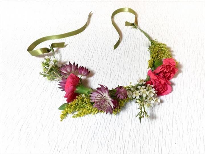 Easy, DIY Flower Crown
