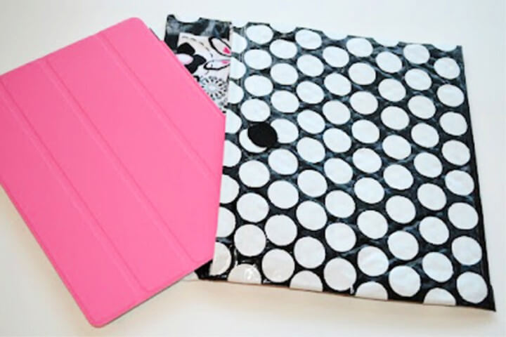 Bubble Wrap Duct Tape iPad Case