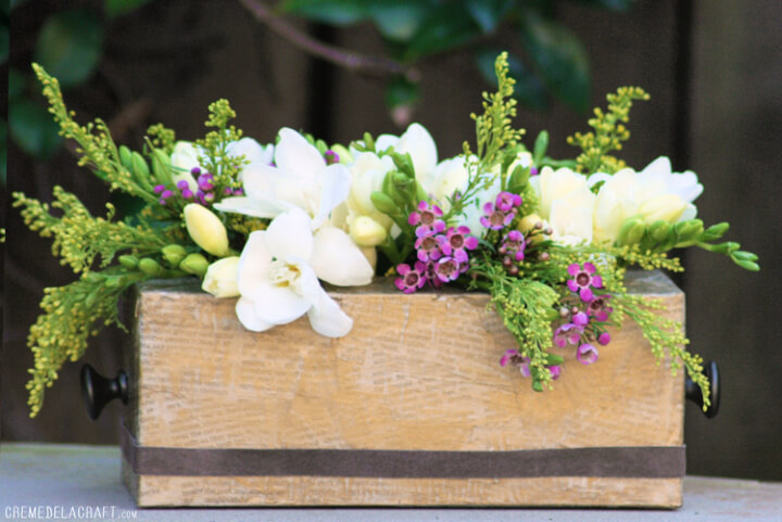 DIY: Flower Vase From A Tissue Box